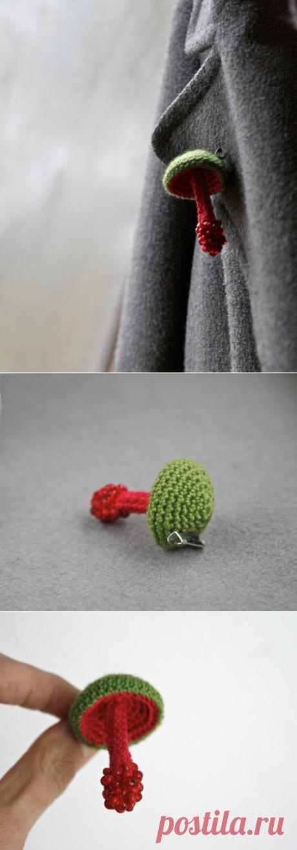 Crochet mushroom pin woodland jewelry crochet brooch