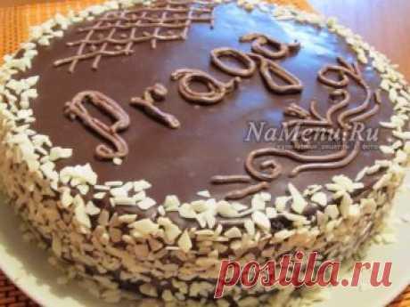 """Домашний торт """"Прага"""" Это торт на все времена. Если строго следовать классическому рецепту по ГОСТу, приготовить торт """"Прага"""" сможет даже начинающая хозяйка."""