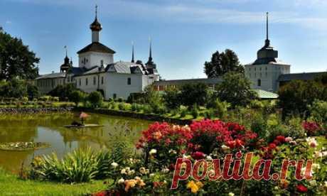 Свято-Введенский Толгский женский монастырь — сбор пазла — Пазлы онлайн