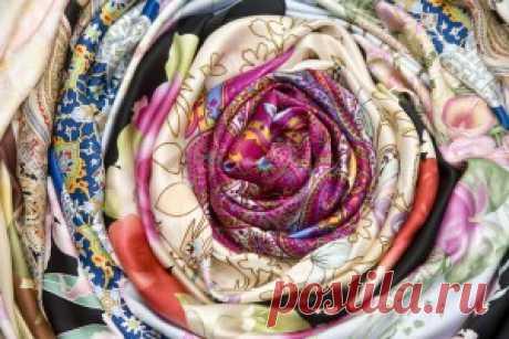 платок как украшение