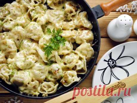 Pelmeni fried under cheese - the step-by-step recipe from a photo on Повар.ру