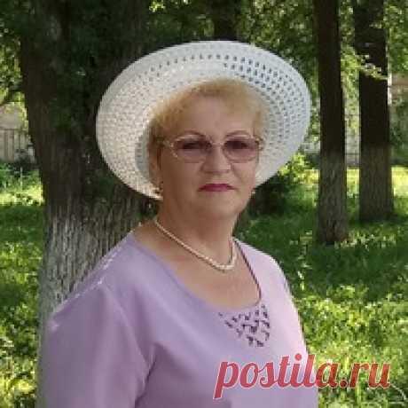 Любовь Комарова