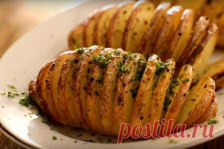 Как вкусно запечь картошку в духовке - подборка пошаговых рецептов с фото и видео Картошка в духовке: как запечь, чтобы было очень вкусно. Пошаговые рецепты, которые легко повторить. Варианты с начинками, специями, сыром, беконом и не только.