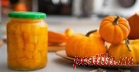 La calabaza con la naranja para el invierno