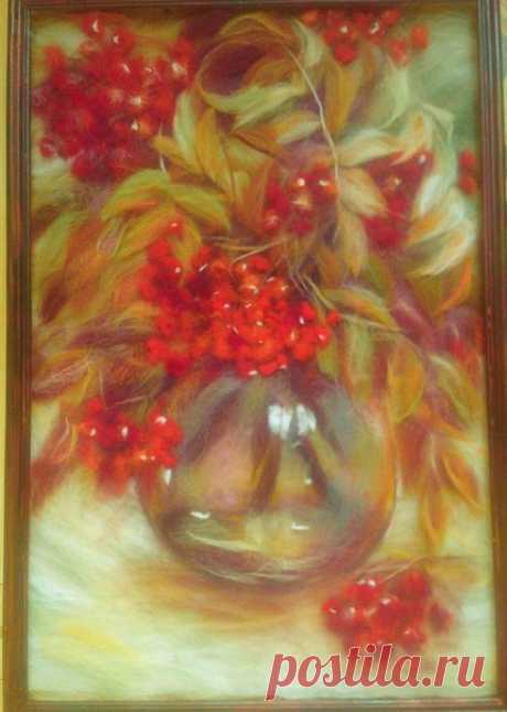Пылает алой ягодой рябина, Шумит листва, омытая дождями. А на пороге леди Октябрина, Сентябрь провожает вдаль ветрами.  Показать полностью…
