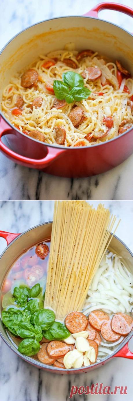 Супер-спагетти. Обожаю такие простые, но безумно сытные идейки!