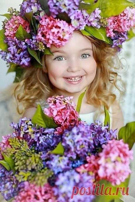 Звонила Весна... Счастливая, веселая...  Я её спрашиваю: - Ты где?...  А она мне: - Да иду я уже, иду---у--- у ))))