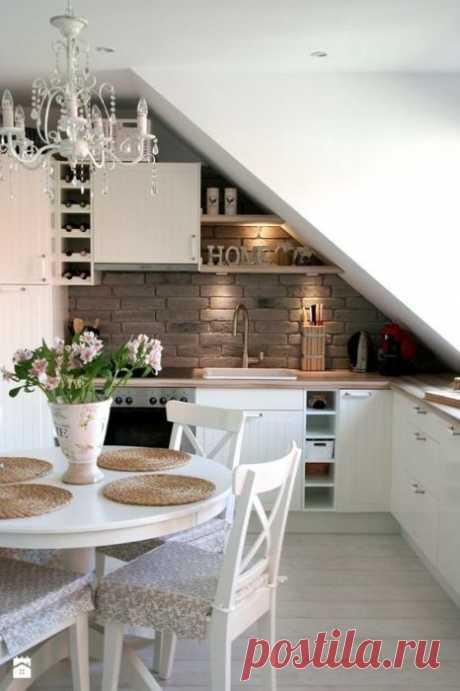 Идеи по обустройству кухни на чердаке   Мой дом