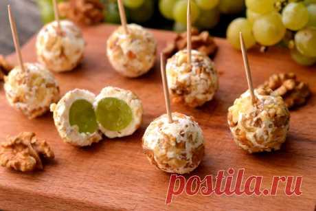Куриные шарики с виноградной начинкой - Великий повар - пошаговые фоторецепты