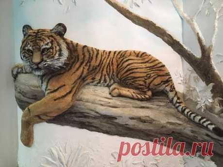 Роспись барельефа Тигр день 1 / художник Наталья Боброва