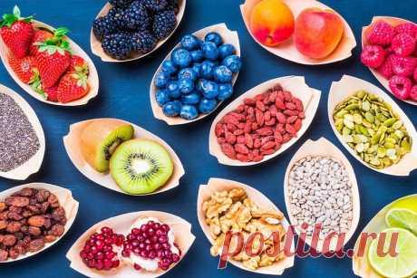 10 летних подсказок: что приготовить из ягод и фруктов