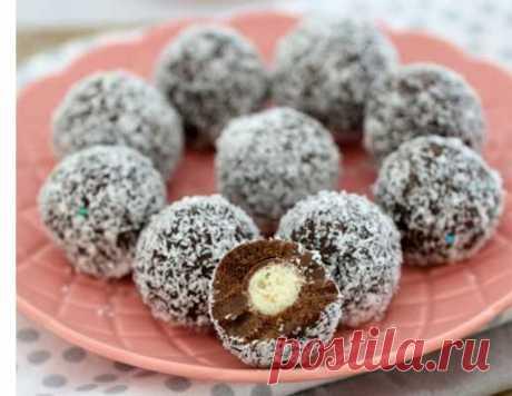 Десерт без выпечки — шоколадные снежки   Безупречный рождественский десерт — шоколадные снежки, которыми будут наповал...