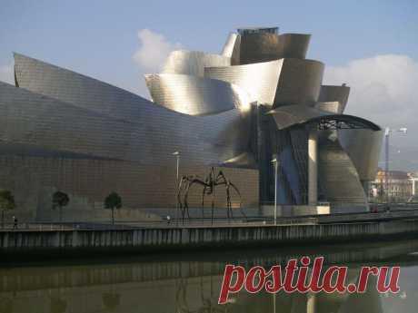 Музей Гуггенхайма, Бильбао, Испания.