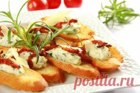 Хрустящие кростини с сыром – пошаговый рецепт с фото.