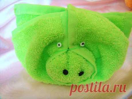 Как сделать свинью, поросенка из полотенца в подарок своими руками?