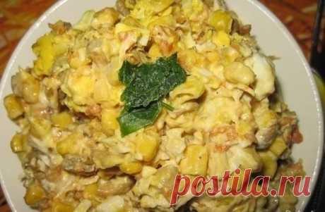 Как приготовить салат с кукурузой и грибами - рецепт, ингредиенты и фотографии