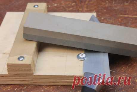 Точилка для кухонных ножей на коленке, доступно любой домохозяйке | Генератор идей | Яндекс Дзен