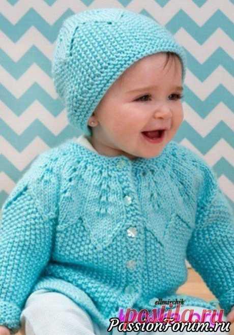 Вязанные шапочка и кофточка | Вязание спицами для детей