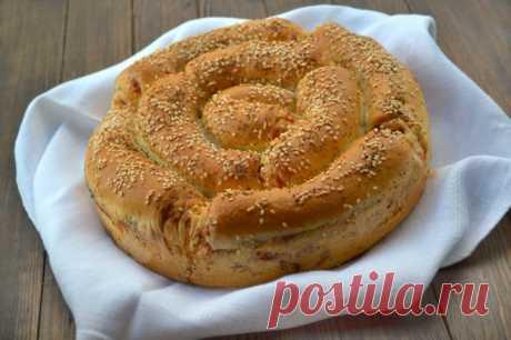 Порционный пирог с сыром и колбасой - пошаговый рецепт с фото - как приготовить, ингредиенты, состав, время приготовления - Леди Mail.Ru