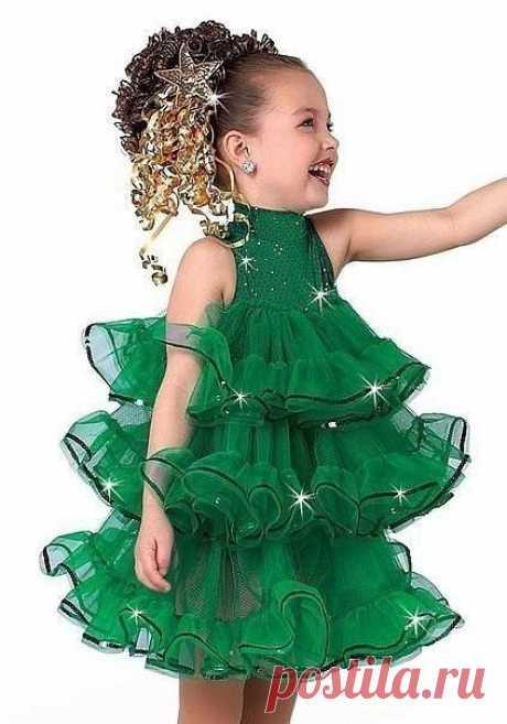 Новогодний костюм для девочки. Как вам идея?