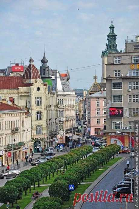 Shevchenka Avenue, Lviv, Ukraine... www.aquamiracles.com  |  Pinterest • Всемирный каталог идей