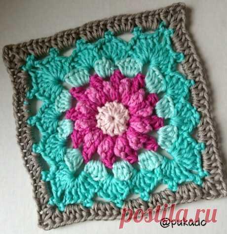Pukado By Patricia Stuart: Crochet Mood Blanket 2014 - June Square - by Pukado Free Pattern