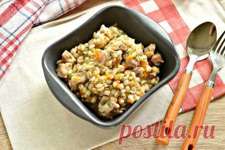 Перловая каша, тушенная с курицей - рецепт с фото пошагово
