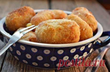 Как приготовить картофельные крокеты с сыром и грибами в духовке - рецепт, ингредиенты и фотографии