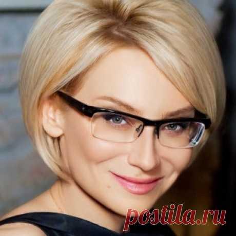 Эвелина Хромченко рассказала, в чём встречать год Огненного Петуха!