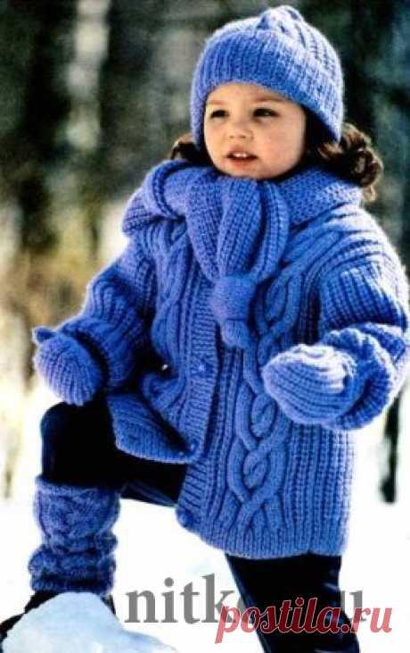 Зимняя куртка – пальто спицами