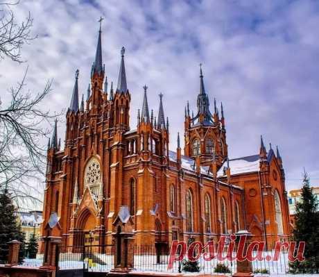 Храм Пресвятого Сердца Иисуса в Самаре | Андрей Макаров | Яндекс Дзен