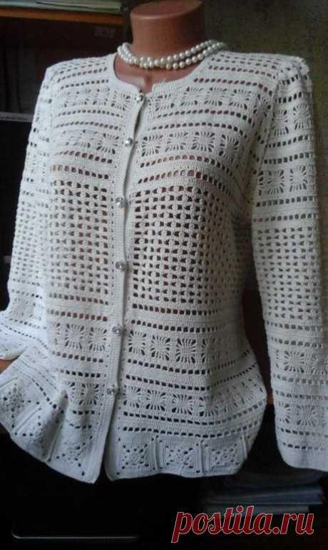 """Jacket \""""A pearl spider\"""" from Oscar de la Renta"""