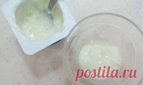 Йогурт из литра магазинного молока: стоит ночь, а утром ложка стоит