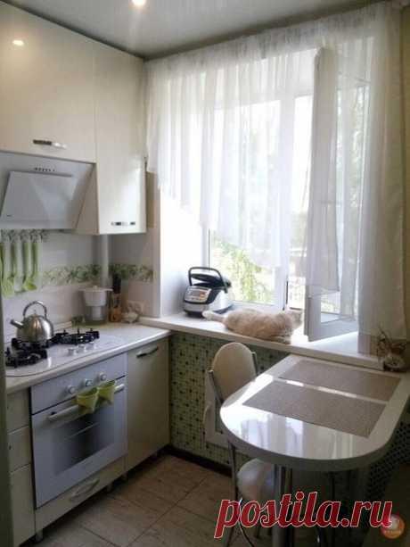 Маленькая кухня в хрущевке 6 кв. м!  Что скажете?