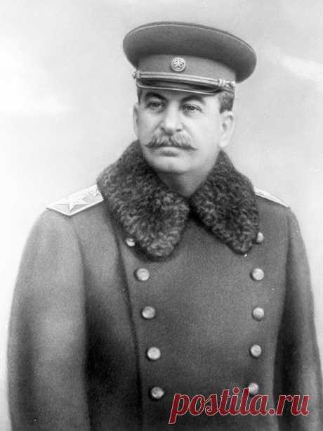 Вот теперь понятно, почему на Сталина в течение стольких лет вылито и продолжает выливаться столько грязи