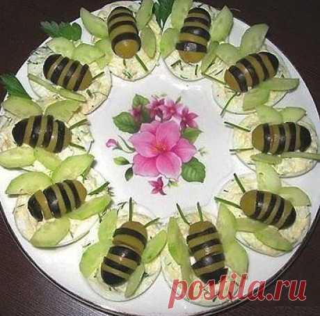 Пчёлки к праздничному столу.