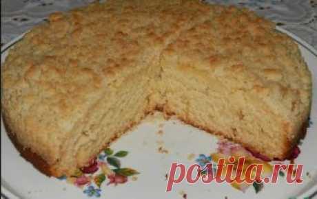 Немецкий сливочный пирог с штрейзелем  Это вкуснейший ванильно-сливочный пирог, под хрустящей штрейзельнойкрошкой, покоряет своим в меру сладким, нежным вкусом и ароматом! Тесто готовится и вымешивается очень легко!По мотивам «Немецкий шт…
