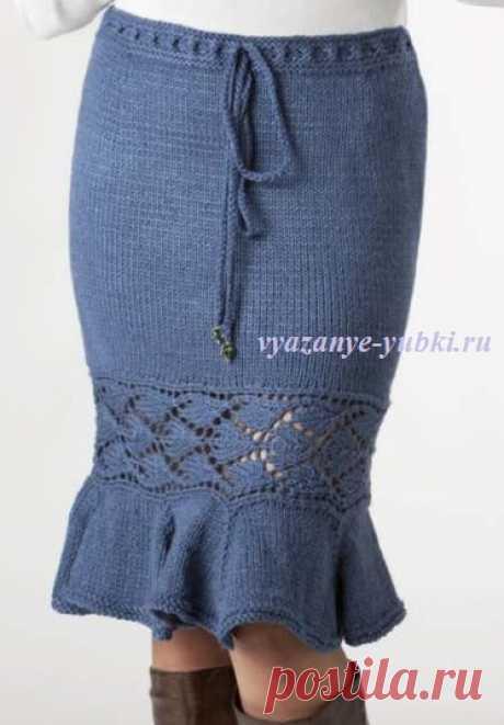 Вязаная юбка годе с ажурной вставкой из листьев (спицы)