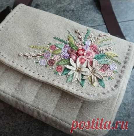 Как сделать вышитую сумочку своими руками
