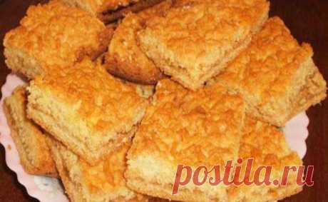 Самый простой и вкусный тертый пирог «Каракум»: Получается всегда Готовлю этот пирог очень давно. Можно использовать для начинки любое варенье, творог или замороженные ягоды. С любой начинкой получится очень вкусно!