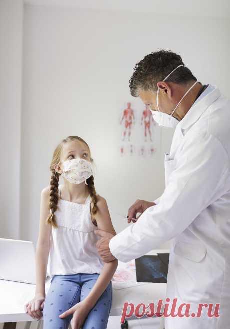 Что опасно делать перед вакцинацией от COVID-19 | Всегда в форме!