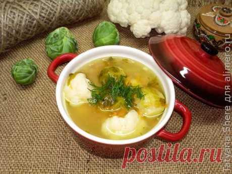 👌 Полезный и вкусный суп с курицей, рецепты с фото Диетический супчик на курином бульоне с перловкой, цветной и брюссельской капустой – это очень вкусное первое блюдо. Готовится такой суп просто и легко, а результат получается отли...