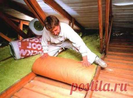 Как правильно утеплить потолок под холодной крышей - несколько вариантов.