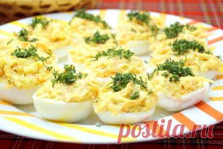 Несовместимая еда: продукты, которые никогда не стоит есть вместе с куриными яйцами