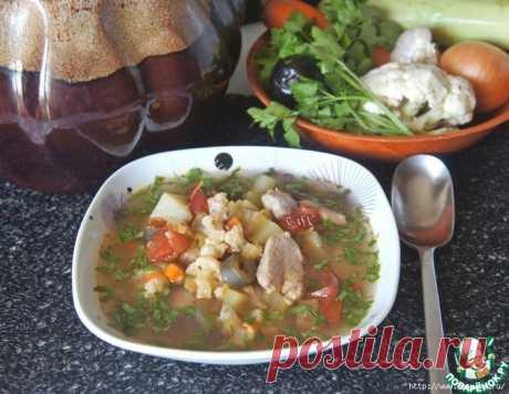 """Бесподобный """"Осенний суп"""" в горшочке по рецепту прабабушки! Какое же это благодатное время - осень! Я ее обожаю. Мне в осени все нравится: золото и медь растений, дождь, ненастье... но больше всего нравится изобилие всевозможных овощей. И сколько же всего вкусного и полезного можно из них приготовить, не впадая в излишние траты, как зимой или весной..."""