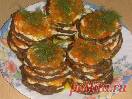 Как приготовить мини-тортики из печени - рецепт, ингредиенты и фотографии