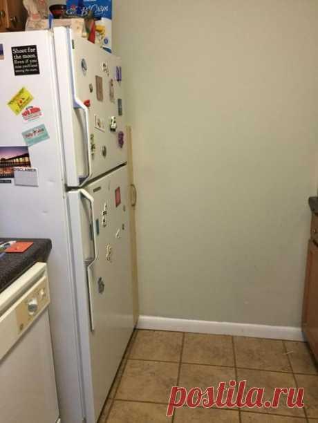 Скрытая полка за холодильником