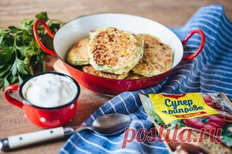 Кабачковые оладьи с кукурузой - пошаговый рецепт с фото - как приготовить - ингредиенты, состав, время приготовления - Дети Mail.ru