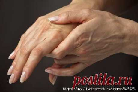 Шипучка, способная вернуть молодость рукам любого возраста - ни пигментации, ни морщин, ни волосков!