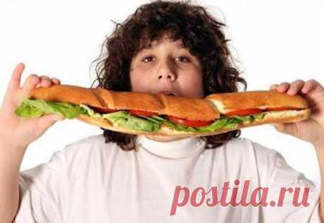 """Скрытые психологические причины избыточного веса """"Не делайте из еды культа"""", - еще в свое время предупреждал нас Остап Бендер, но к нему не прислушались. И может быть поэтому к настоящему времени лишний вес превратился в общемировую проблему. Как го..."""